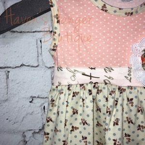 Matching Sets - 2pc. Lace Trim Top w/ Striped Capri Pants (#5)